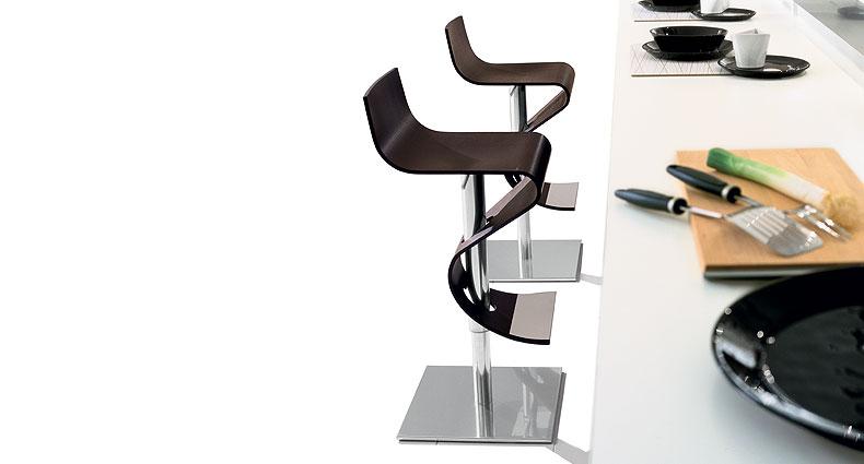 Elma wooden bar stool