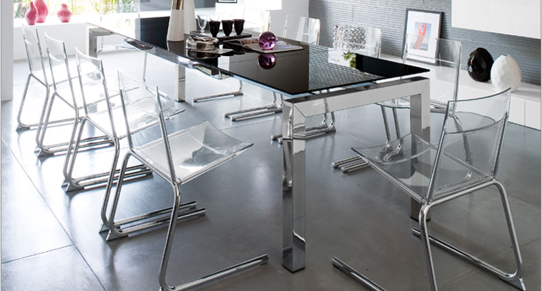 Gant large extending glass table
