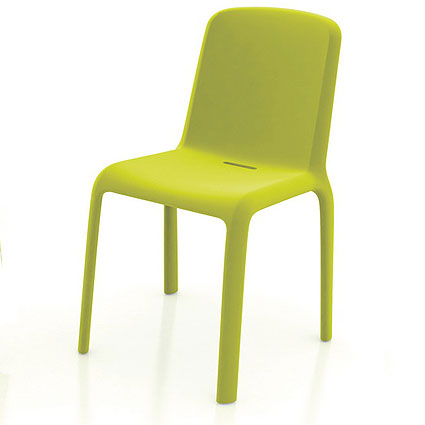 Podo Green Plastic Dining Chair