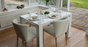 Fern Extending Dining Table without extension leaves