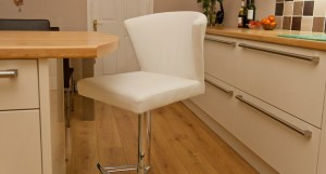 Curva Gas Lift Bar Stool