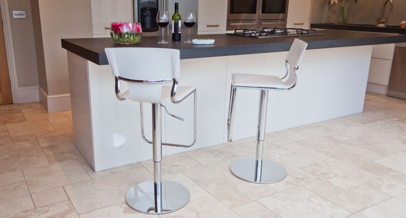 Serroni Trendy Gas Lift Bar Stool