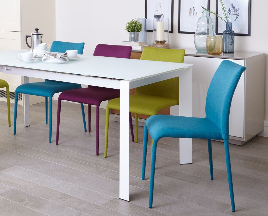 Eve white frosted glass and riva extending dining set Danetti