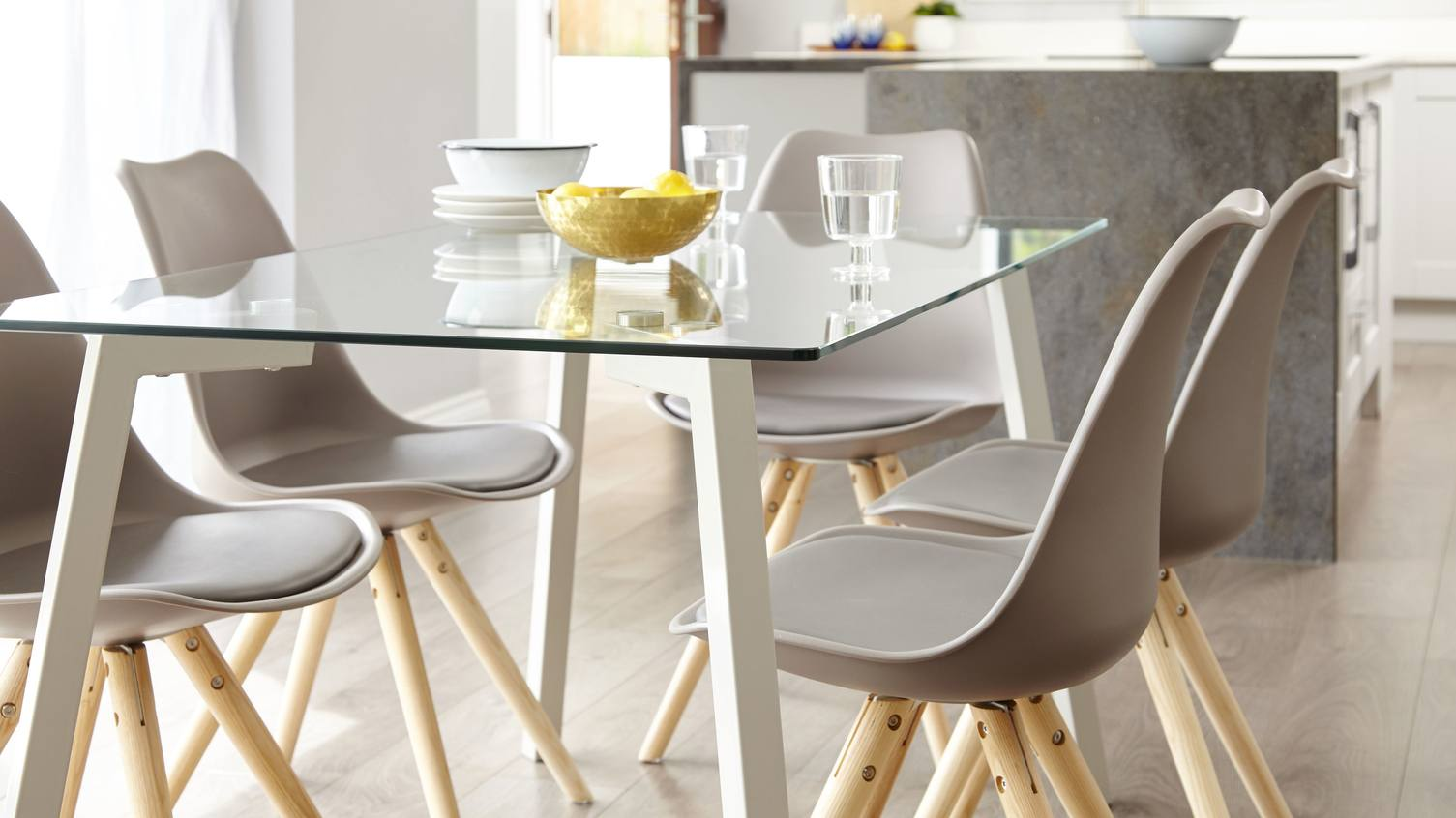 Dining Table Guide: How To Choose The Perfect Dining Table