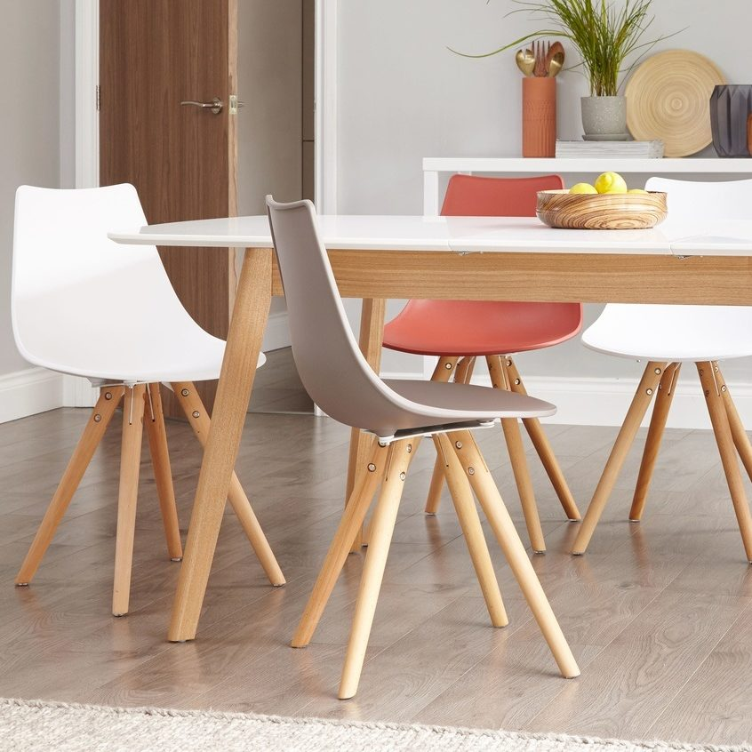Aver Oak and White Extending and Finn Dining Chair Dining Set
