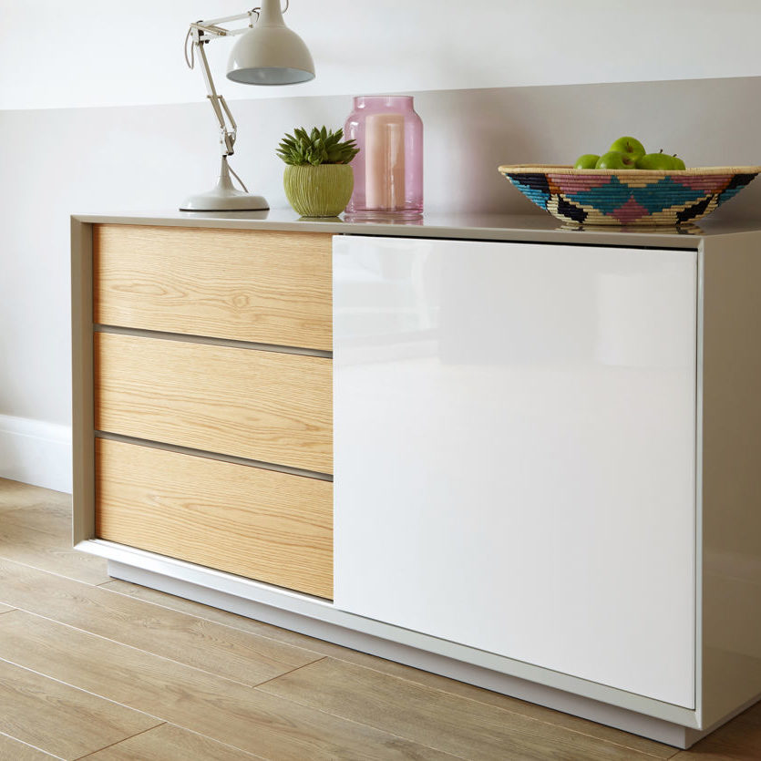 The Glide Sideboard in Grey Gloss with White and Oak is a perfect example of how you can combine a tactile oak veneer surface with some more glossy finishes.