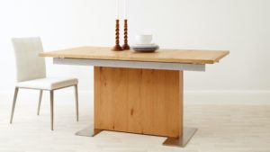 Sanza Oak Extending Dining Table
