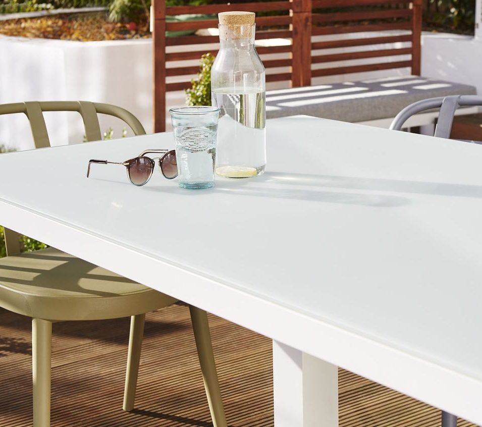 Palermo White 6 Seater Pedestal Outdoor Dining Table