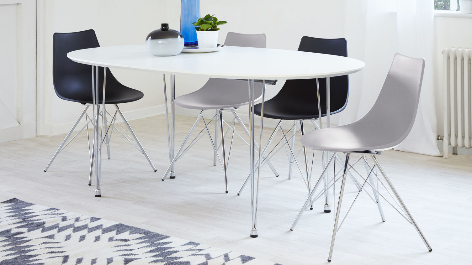 Ellie White Oval Extending Table, unextended