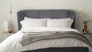 Mellow velvet bed in pepper grey