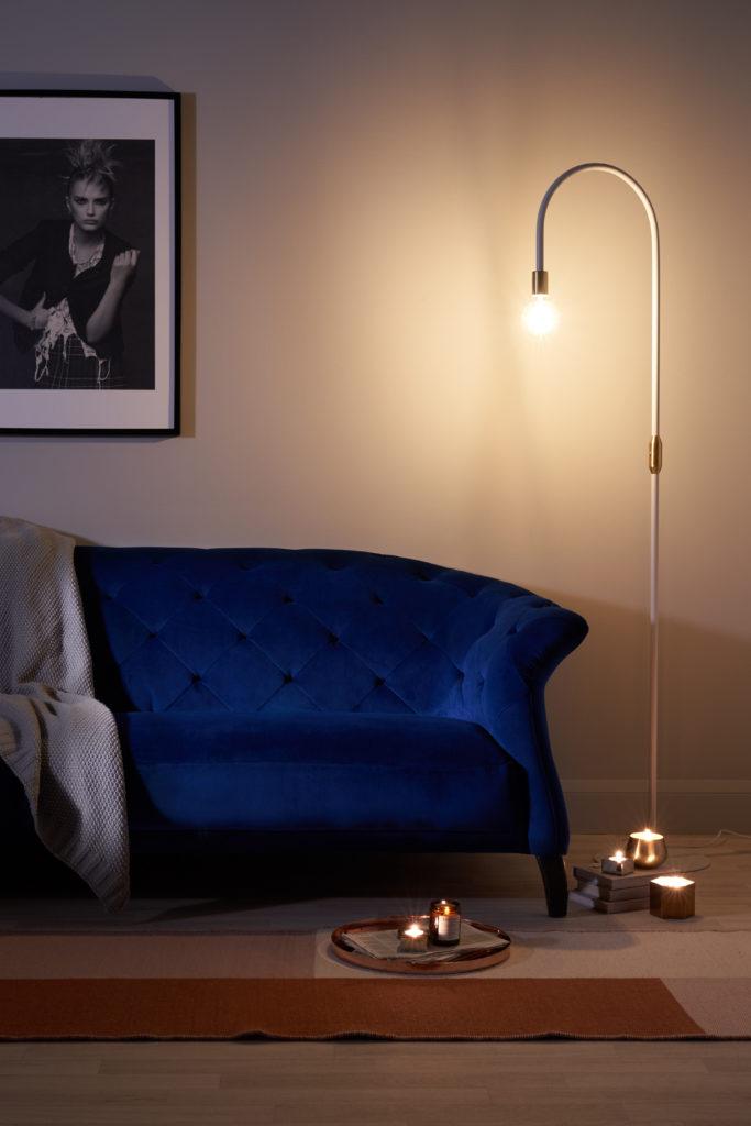 Luxe Modern Large 3 Seater Velvet Chesterfield Sofa & Carmel White and Brass Floor Lamp