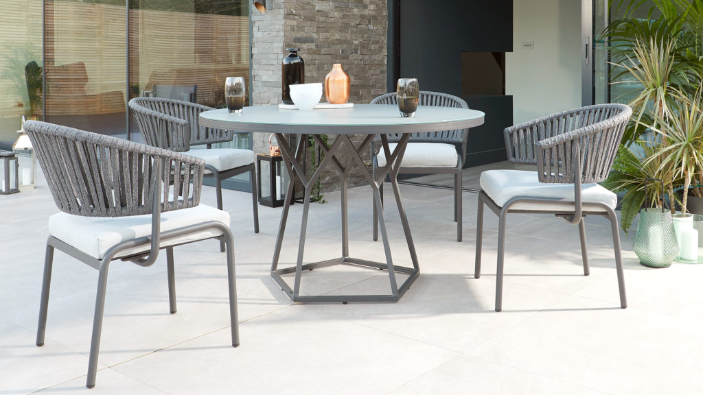 Ivy and Porto dining garden set