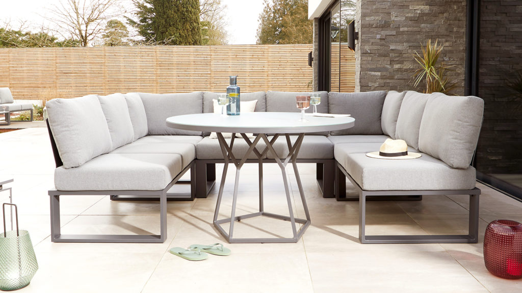 U-shaped garden corner dining set