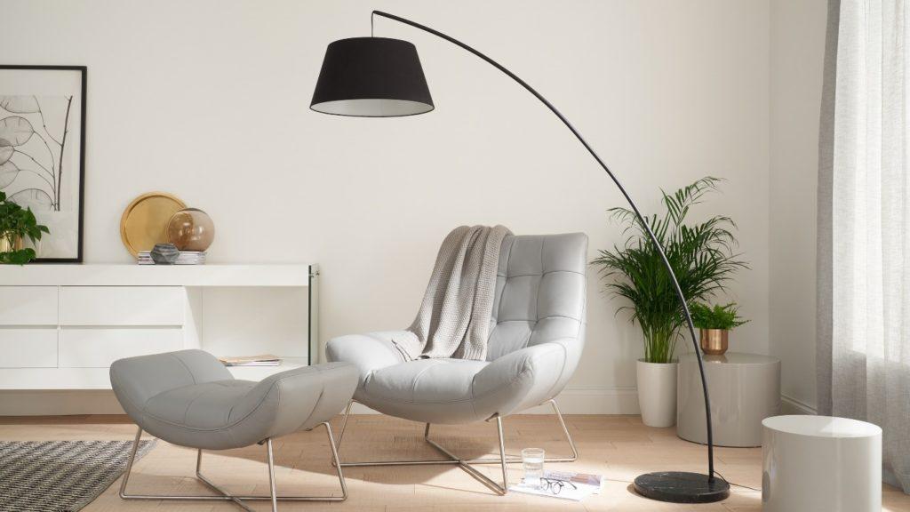 Eclipse floor lamp in Silvery black